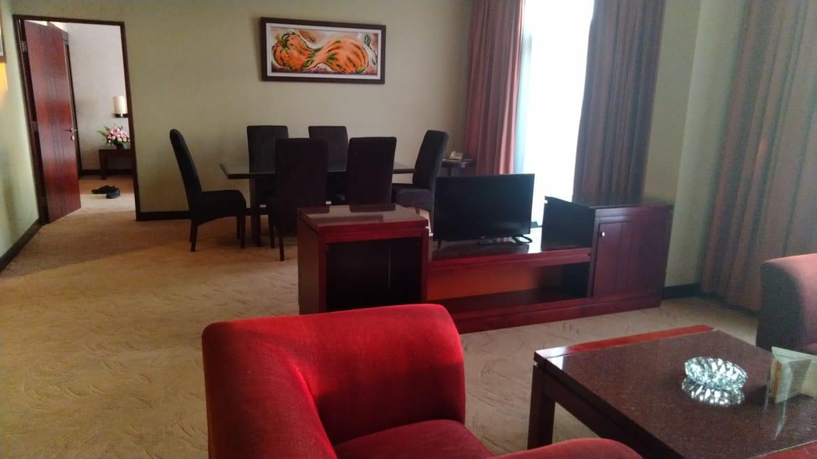Semalam di Salatiga, Hotel Grand Wahid Depan Pasar dan Swalayan Ramayana